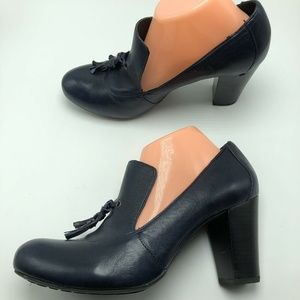 Born Crown Pumps Block Heel Tassel Leather Navy